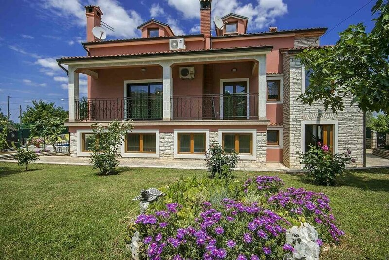Villa Viktori