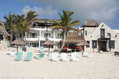 Parayso Beach Hotel