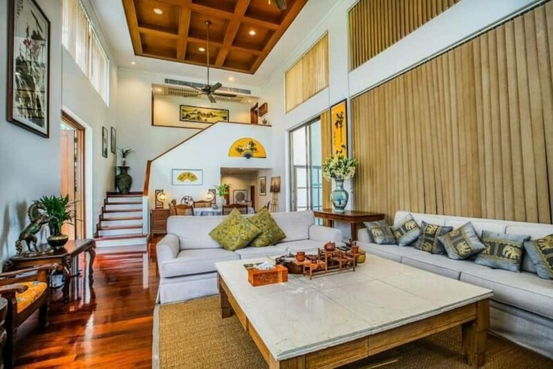 Pattaya YueHu Phoenix Deluxe Villa 5room