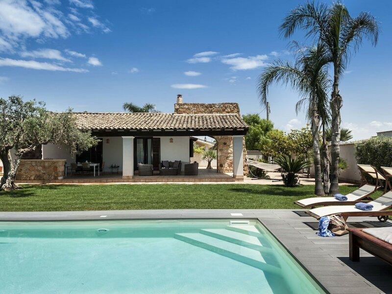 Cozy Villa in Mazara del Vallo With Private Pool