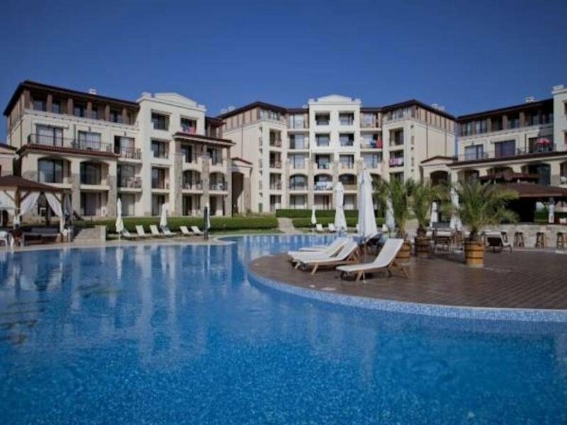 Paradise And Dune Resort Apartments In Green Life