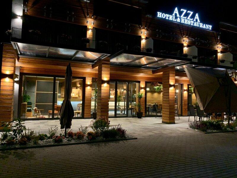 Отель Azza