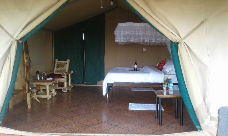 База Отдыха Zebra Kemang'ore Bush Tented Lodge