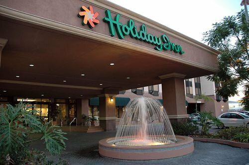 Holiday Inn Long Beach - Downtown Area