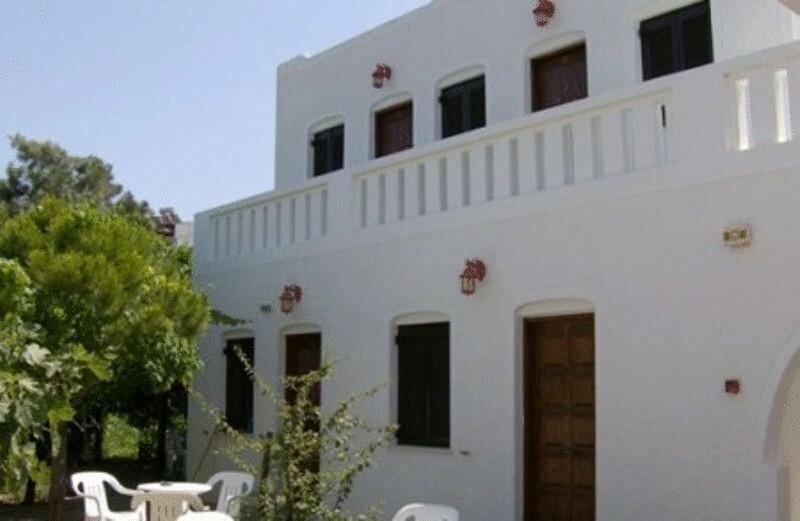 Albatross Hotel