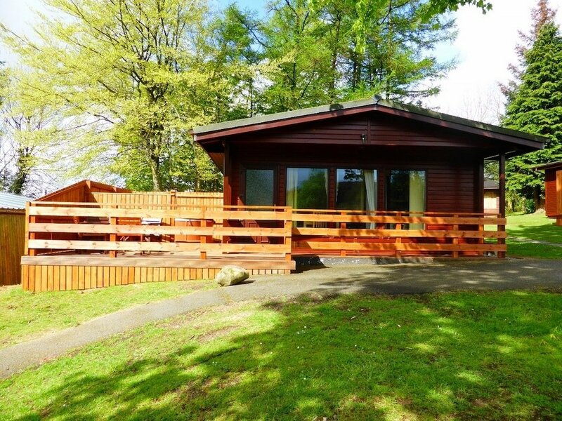 Birch Lodge 13 with Hot Tub