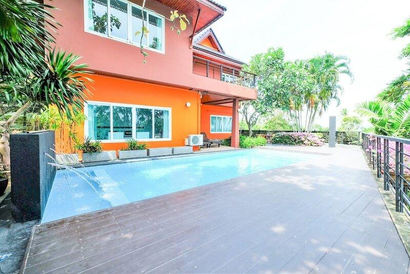 Oyo The Chalet Phuket Resort