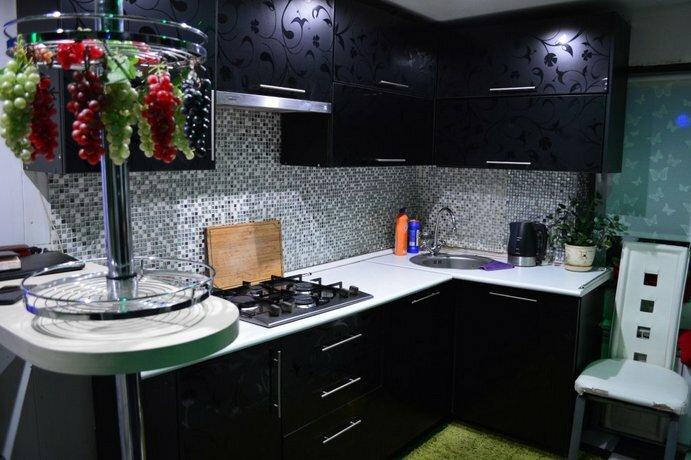 Luganskaya 27 Apartments