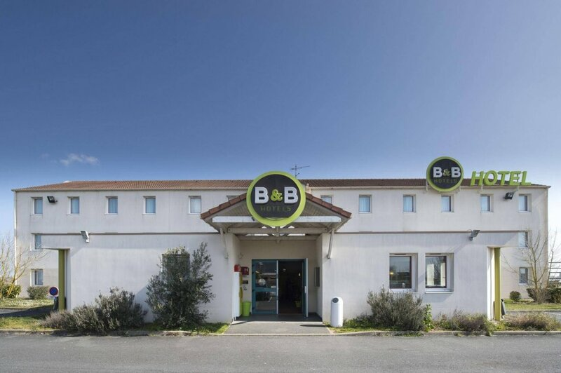 B&b Hotel Chateauroux Aéroport