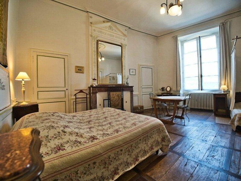 La Maison Du Notaire Royal