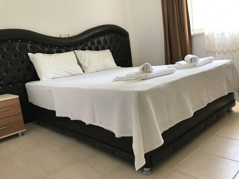 Moonlight Apart Hotel
