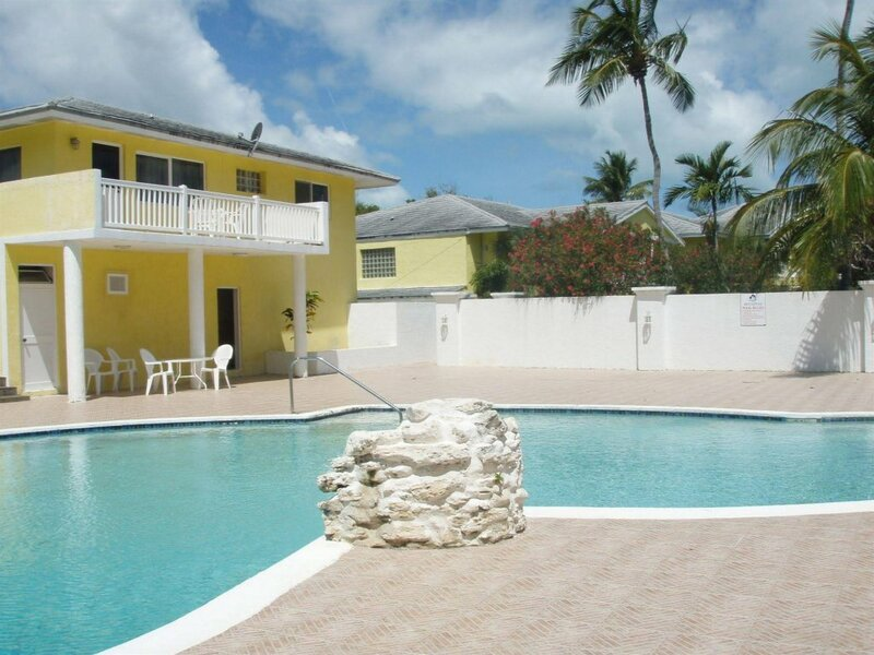 Abaco Getaway by Living Easy Abaco