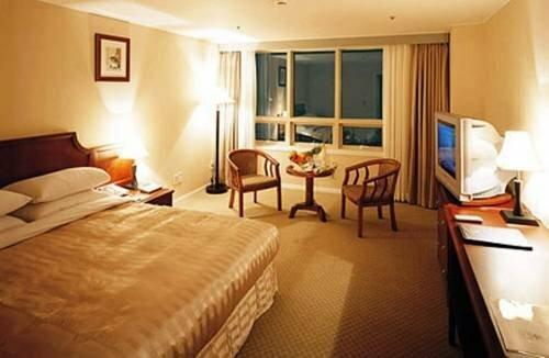 Hotel Green World