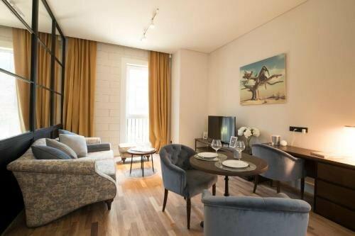 Parmigiano Serviced Apartments