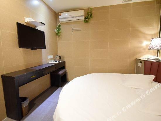 Qingmu Hotel Taizhou Pozi Street 2nd