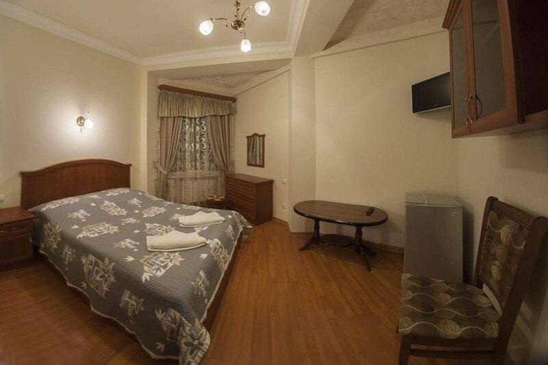 Гостиница Ани