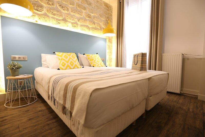 Le Regent Hostel Montmartre