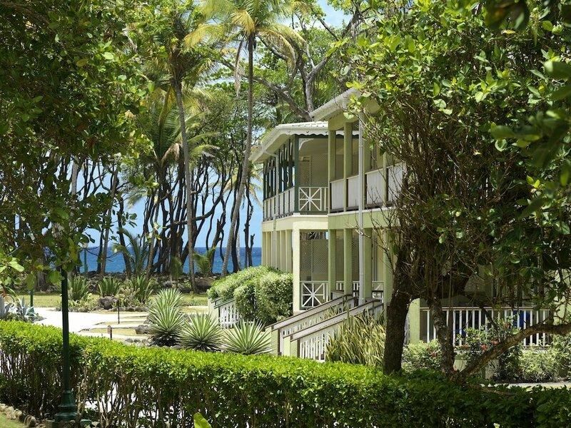 Rosalie Bay Eco Resort