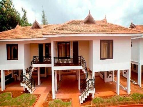 The Kuttalam Heritage