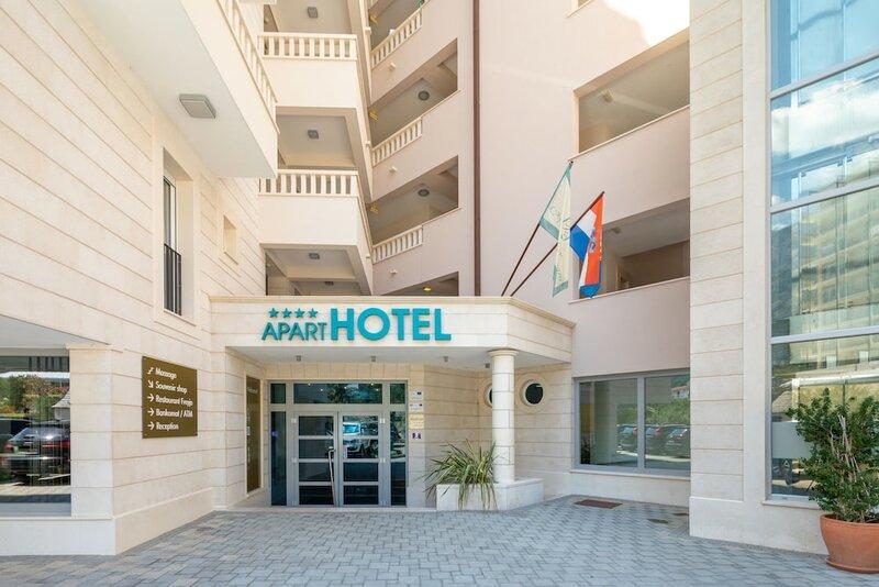 Отель Tamaris