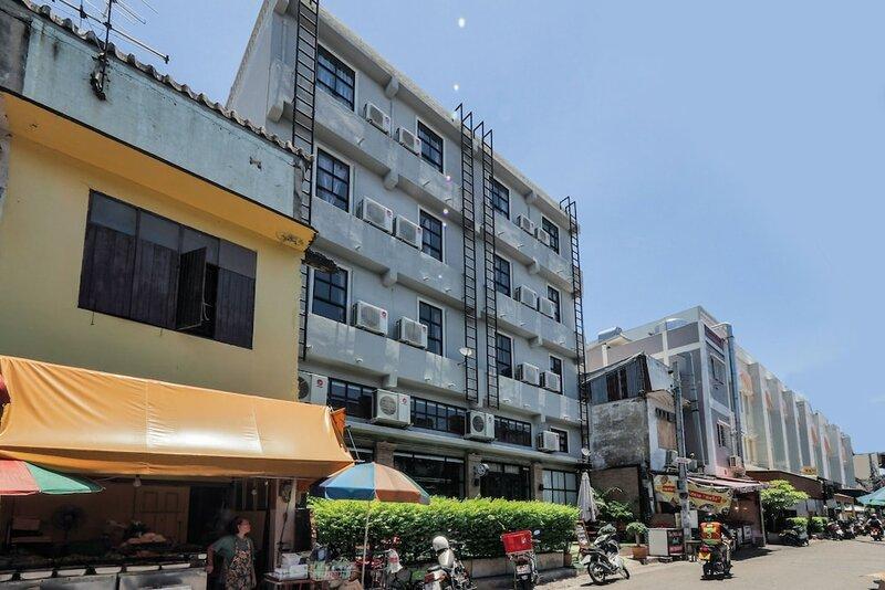 Oyo 75332 Vm1 Hostel