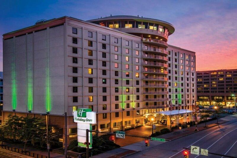Holiday Inn Inner Harbour