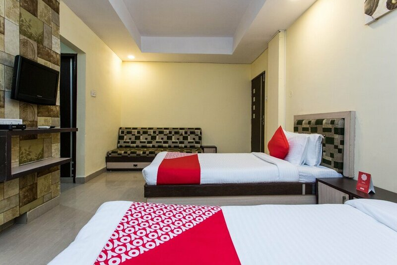 Oyo Flagship 17390 Hotel Aaram MG Road