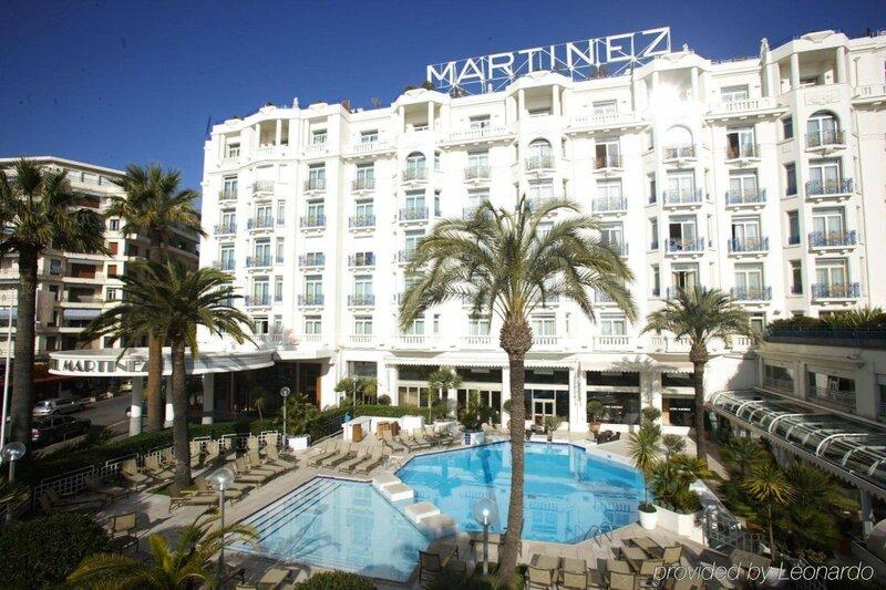 Отель Мартинес