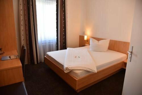 Hotel Garni Goldener Hirsch