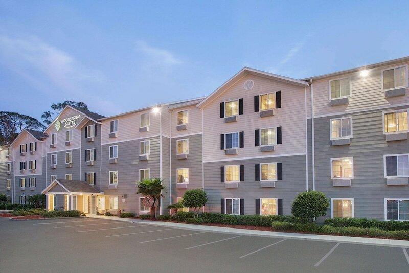 WoodSpring Suites Jacksonville Beach Blvd