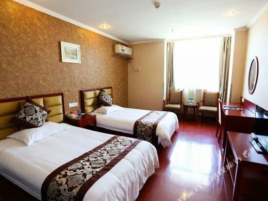 GreenTree Inn Wuxi Huishan District Taihu Huanle Garden Qianqiao Express Hotel