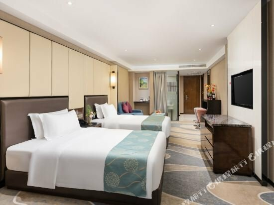Nanning Champs Elysees Hotel