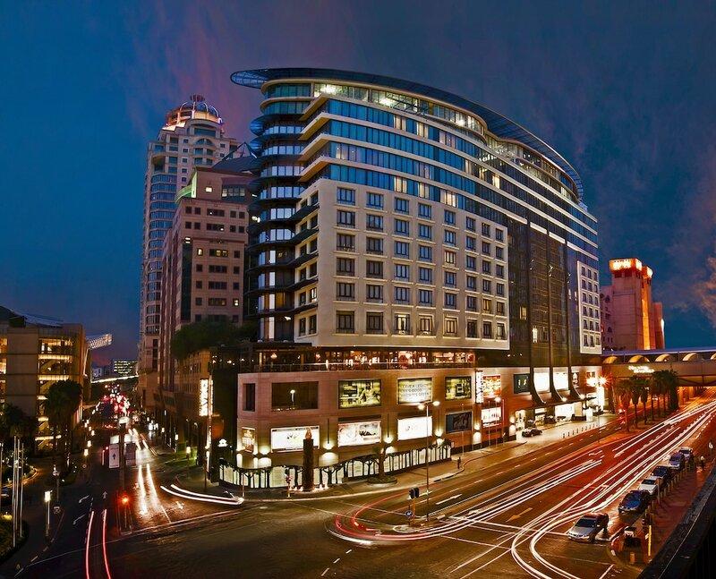 Davinci Hotel And Suites On Nelson Mandela Square