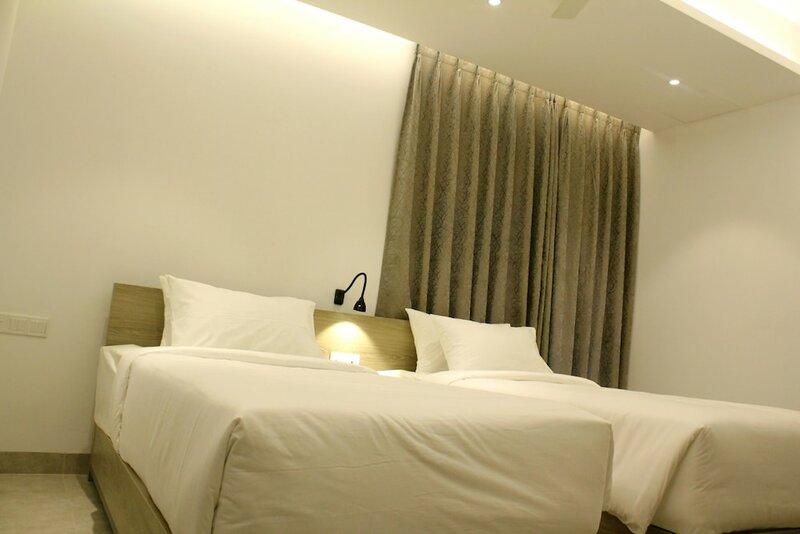 Priyo Nibash Stylish Residential Hotel
