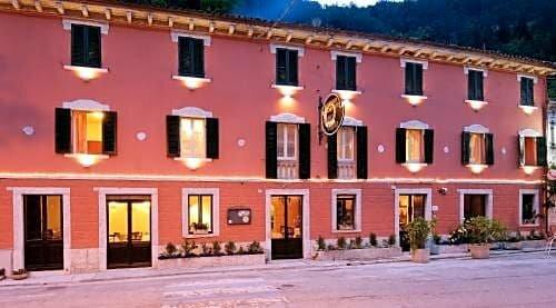 Hotel Antico Furlo