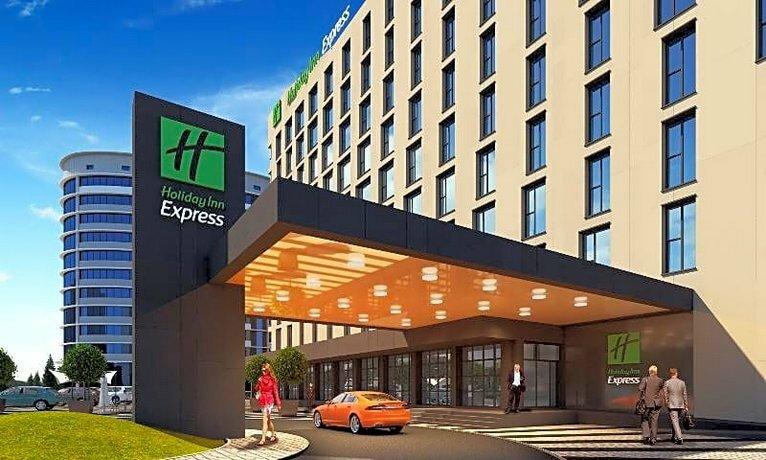 гостиница — Holiday Inn Express Astana - Turan — Нур-Султан, фото №1