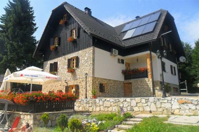 Plitvice Etno House