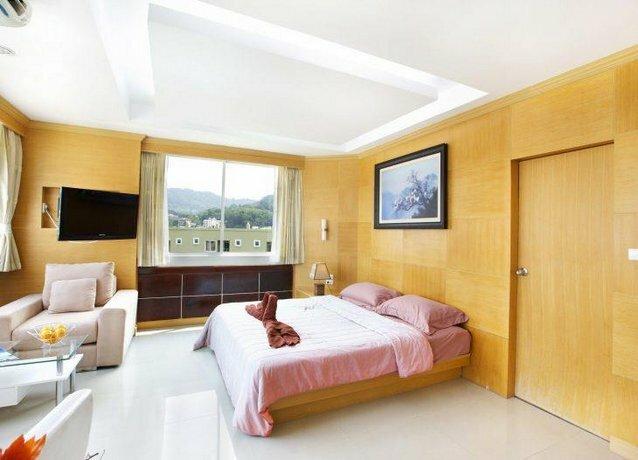 Отель Patong Eyes