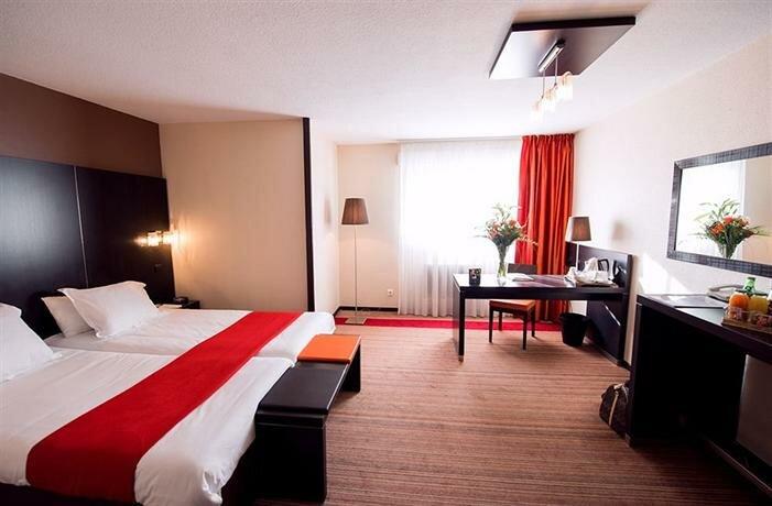 Отель Best Western Marseille Bonneveine Prado