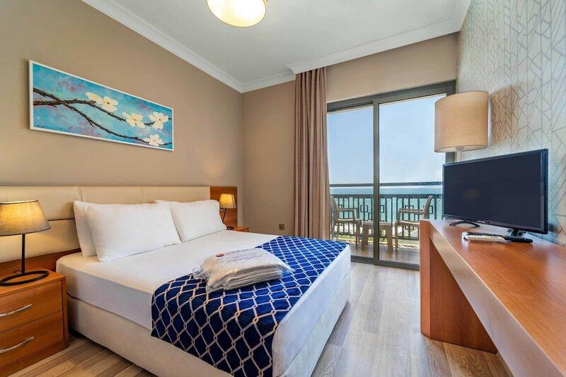 Uras Beach Hotel