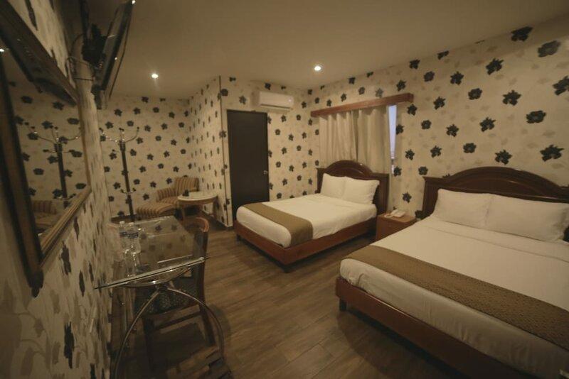 El Regio Hotel