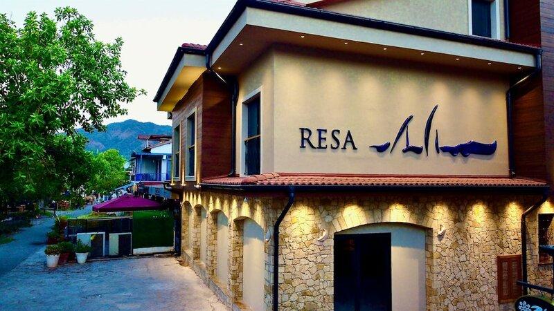 Отель Resa
