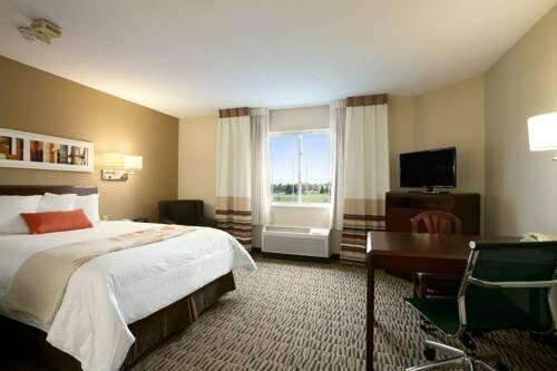 Hawthorn Suites by Wyndham Louisville Jeffersontown