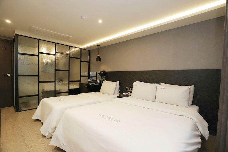 Hotel 28