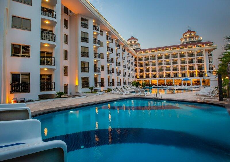 Blue Marlin Deluxe SPA & Resort