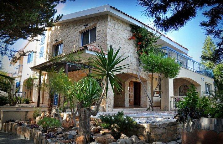 Villa Mosaica