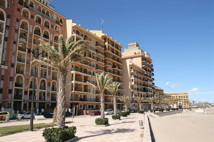 Apartamentos Port Soplaya