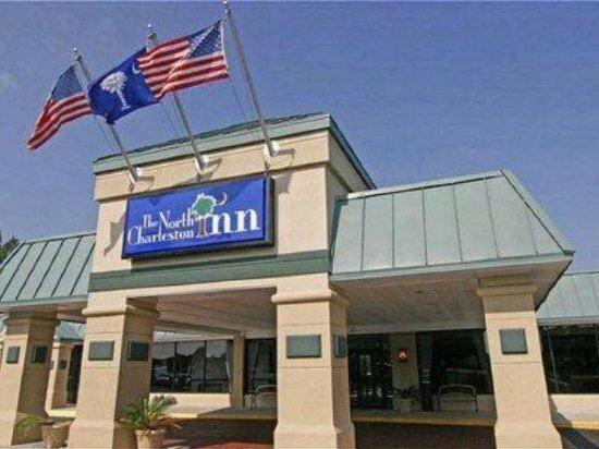 Days Inn & Suites by Wyndham Charleston Airport West