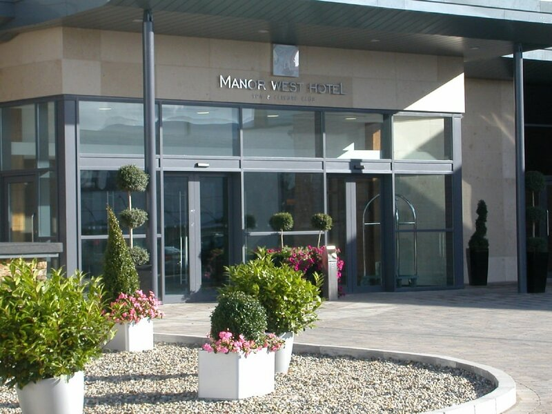 The Manor West Hotel & Leisure Club