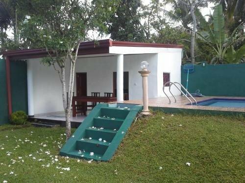 White Bridge House & Resort
